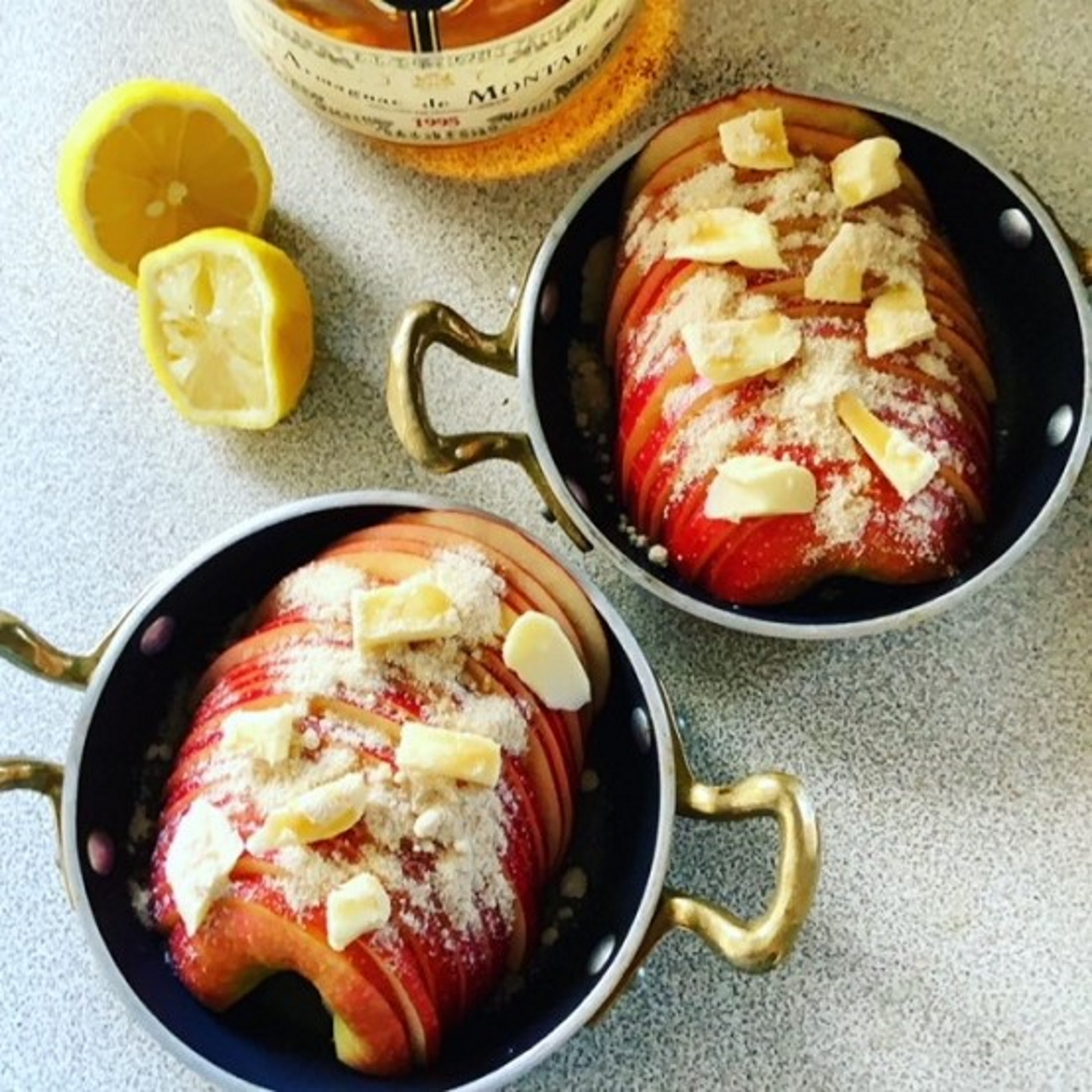 ariko アリコ キッチンツール arikoの食卓 キッチンツール サービングパン バッラリー二 BALLARINI ベイクドアップルスライス バニラアイス アップル レモン 洋酒 きび糖